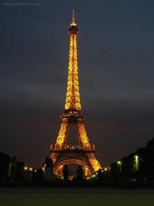 Torre Eiffel (noite)